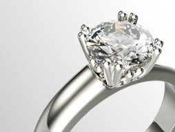 Reasons to sell your wedding ring