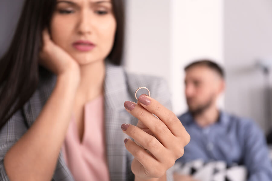 Divorce vs Annulment - understanding the pros and cons of each